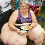 fat-woman-eating-pasta2